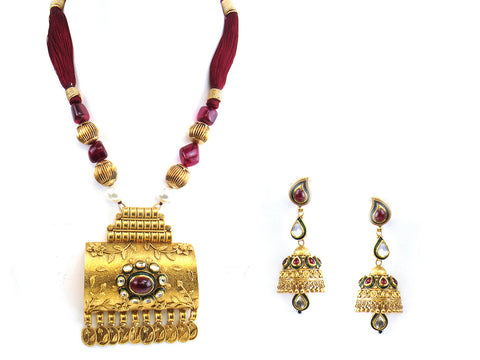 109.51g 22Kt Gold Antique Necklace Set India Jewellery