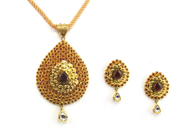 28.80g 22kt Gold Antique Pendant Set - 158