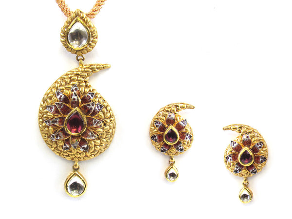 29.50g 22kt Gold Antique Pendant Set - 178