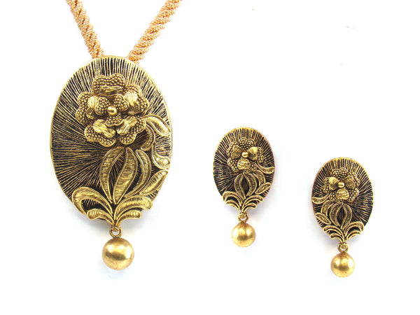 28.85g 22kt Gold Antique Pendant Set - 183