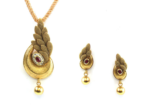 22.10g 22kt Gold Antique Pendant Set India Jewellery