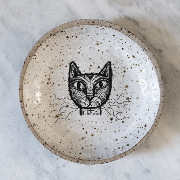 Bobbly cat bowl (Milly Finnegan)