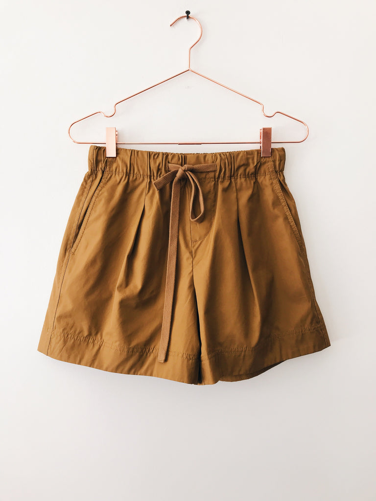 Vince - Pleat Front Shorts, Mojave - Therapy & EG Page