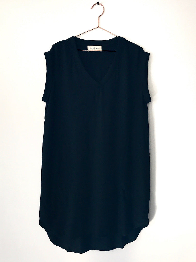 Laissez Faire - Parisa Short Sleeve V-neck Dress, Black - Therapy & EG Page