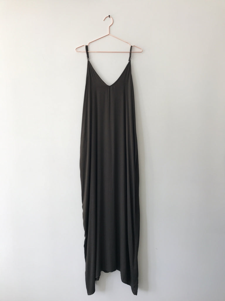 Laissez Faire - Rowan Maxi Dress , Army - Therapy & EG Page