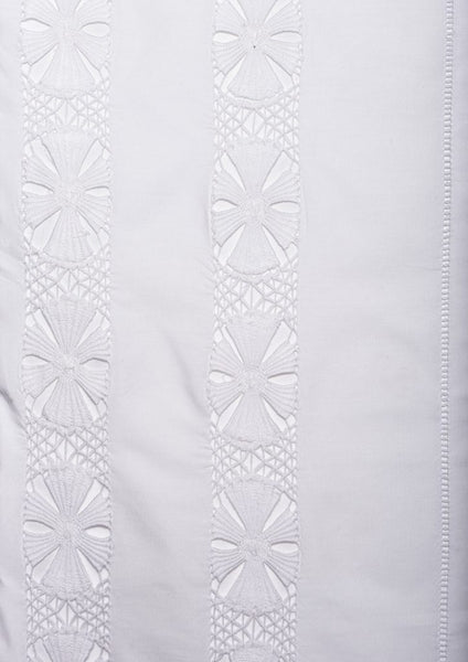 Hand Embroidered Bed Linen: Hemstitch Daisy