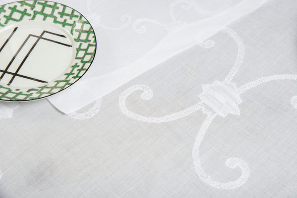 Table Linen Hand Embroidered : Empire