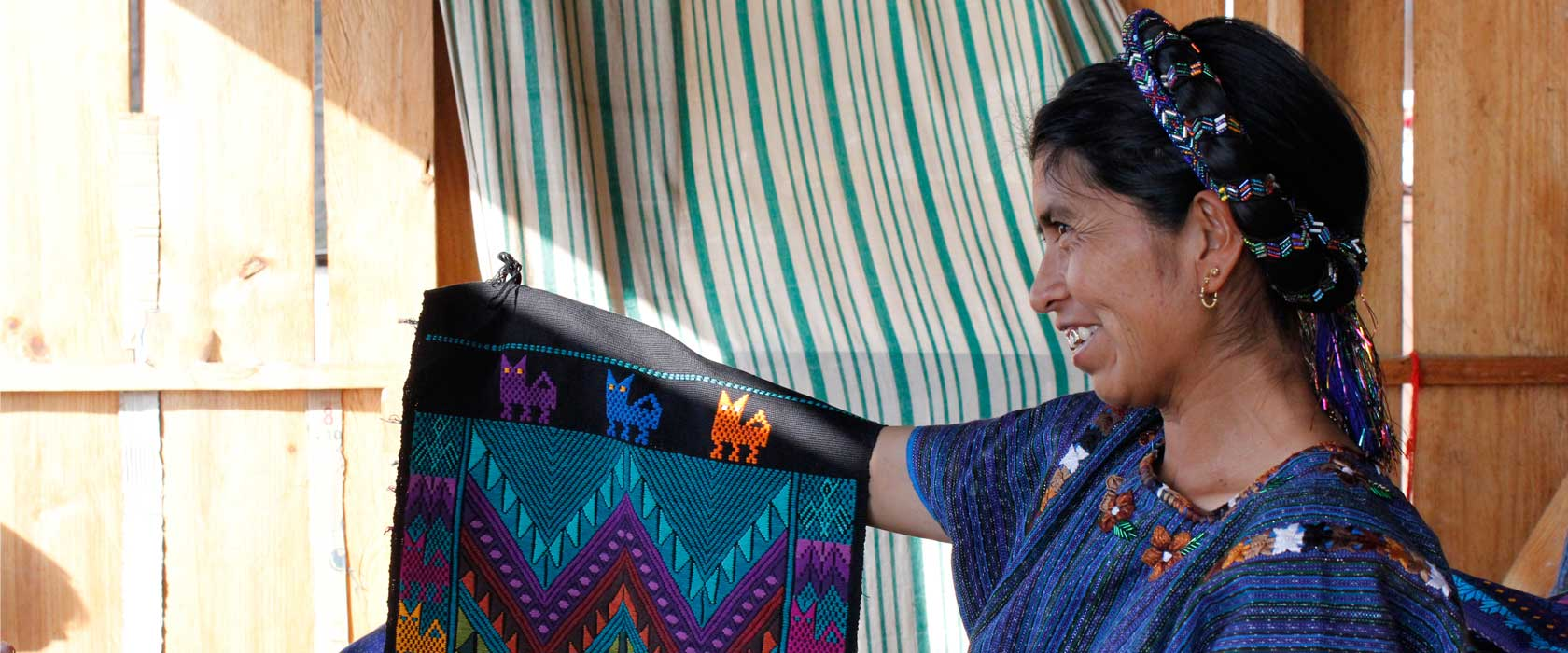 Ethical Fashion, Guatemala, Artisan, Maria, table runners, ethical fashion brand