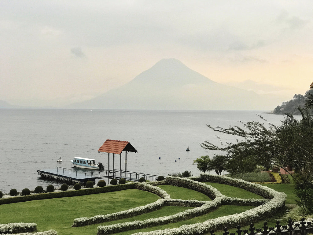 Hotel Atitlan, Alyssaya Blog, Alyssa Guatemala LAke atitlan, travel blog, hiptipico lifestyle blog, fashion blogger