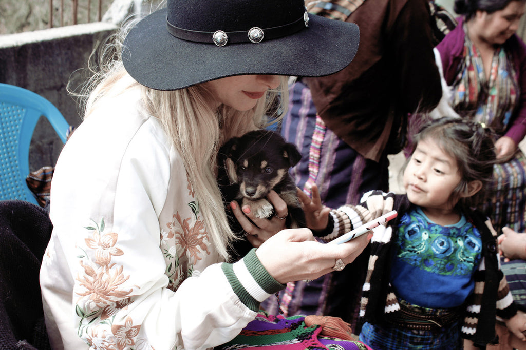 Collars for a cause, ayuda clinic lake Atitlan, dog adoption, adopt don't shop, adopt a dog, adopt a stray dog, help dogs, puppy adoption, Guatemala street dogs, save a puppy, puppies from Guatemala