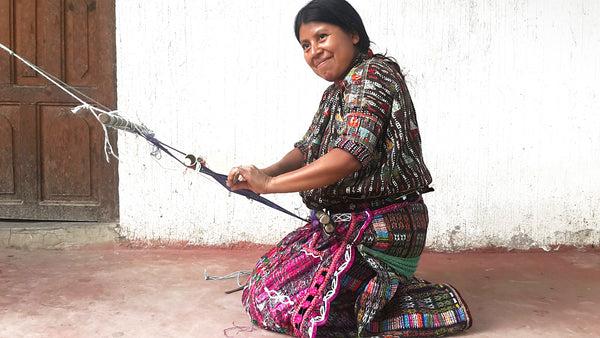 Hiptipico blog, artisan partner, Mayan Artisan, Guatemalan weaving, weaving cooperative, female artisans, traditional mayan dress, traje tipico
