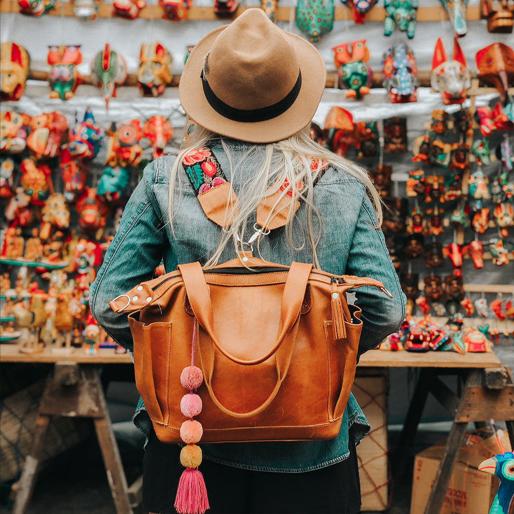 Hiptipico Bags, Hiptipico Leather Convertible Bag, Hiptipico CDB, Textile Bags, Handmade Convertible bags, Leather Bags Guatemala, Free People Leather Bags, Tan Leather Bag