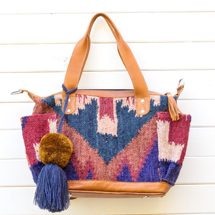 Hiptipico Wool Bag, Hiptipico Carpet Bag, Hiptipico Custom Bag, Guatemala Wool Bag, Guatemala Carpet Bag, Nena and Co Bag, Free People Bag