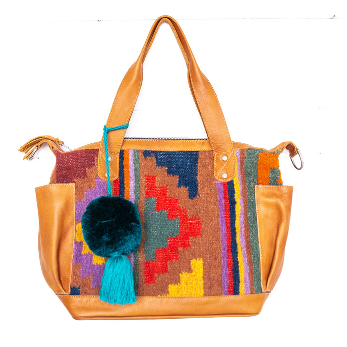 Hiptipico Medium Bag, Hiptipico Convertible Medium Bag,  Hiptipico Huipil Bag, Hiptipico Guatemala Bag, Free People Handbag, Nena and Co CDB, CDB Guatemala, Free People Textile Bag, Huipil Bag