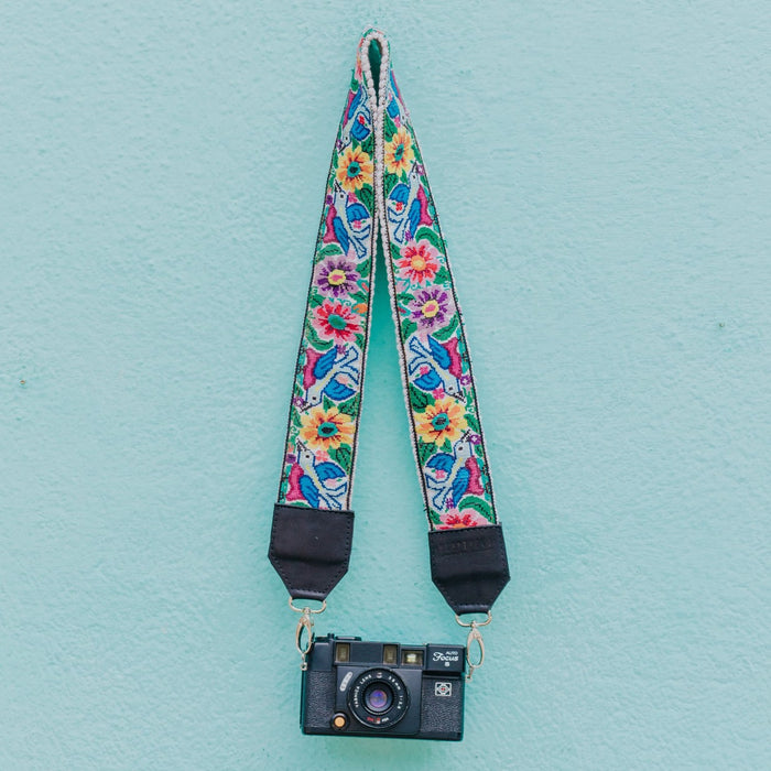 Vintage Embroidered Strap - V1043