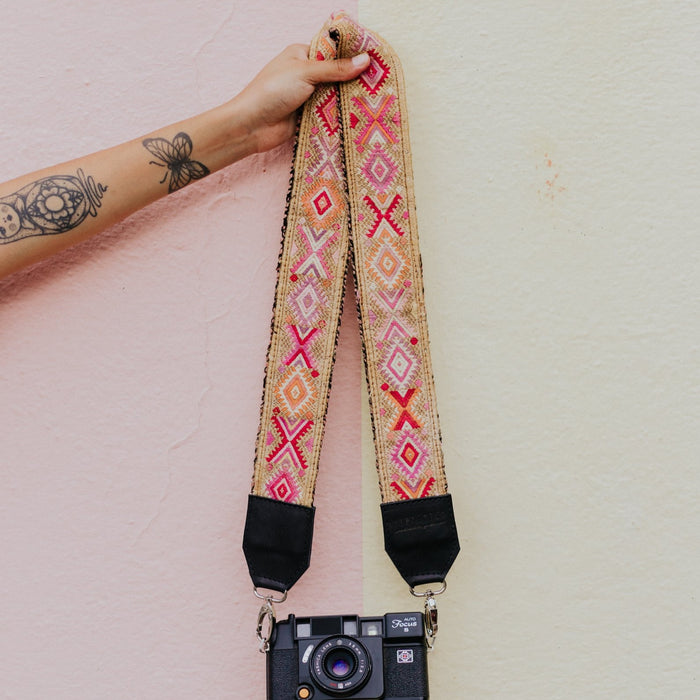 Vintage Embroidered Strap - V1011