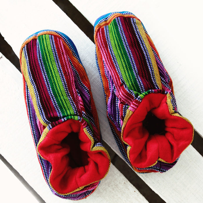 hiptipico slippers, urban outfitters slippers, handmade slipperes, cozy slippers, multicolor slippers, house slippers, free people slippers, tribal slippers