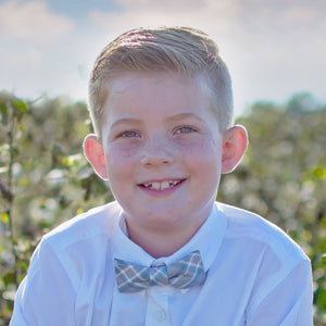 Gray plaid bow tie for boys