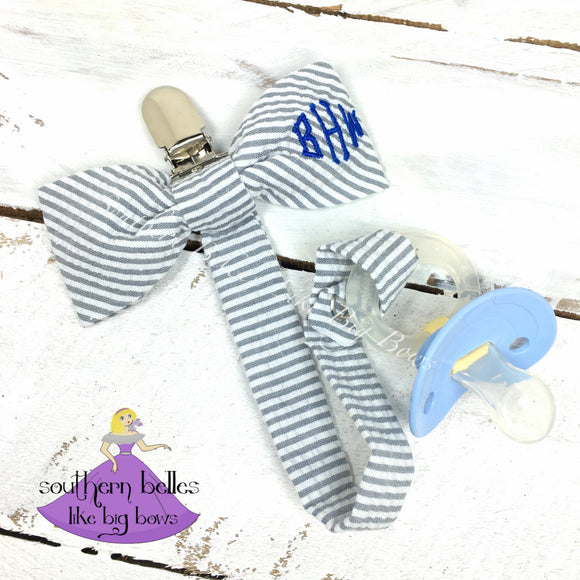 Monogrammed Seersucker Bow Tie Pacifier Clip in Diamond Font