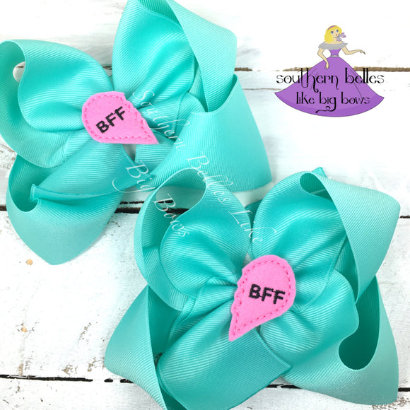 Hair Bows to Share Best Friends Gift