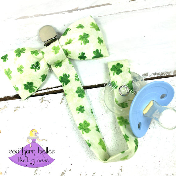 St. Patrick's Day Bow Tie for Baby Boy Gift with pacifier clip