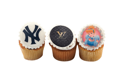 Logo Cupcakes - World of Chantilly