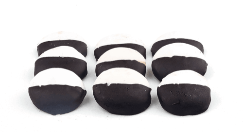 Mini Black and White Cookies - World of Chantilly