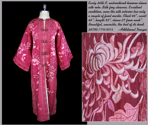 Early 20th Century Kimono-sleeve silk robe