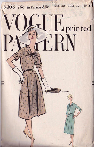 "1950's Dress, Original Vogue 9463, 42"" bust"