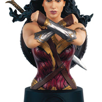 DC BATMAN UNIVERSE BUST COLL #16 WONDER WOMAN MOVIE - Comics n Pop