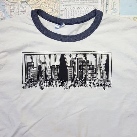 SUPER GRAPHIC! Vintage 1980s Authentic 'NYC NEVER SLEEPS' T-Shirt