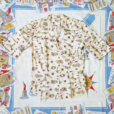 Vintage 1960s Cute Conversational Cat Print 3/4 Cuff Sleeve Button Front Shirt
