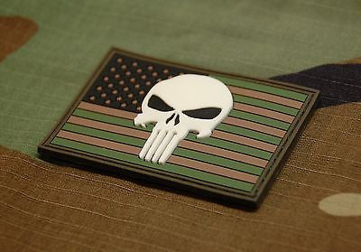 US Punisher 3D PVC Morale Patch - Woodland GITD