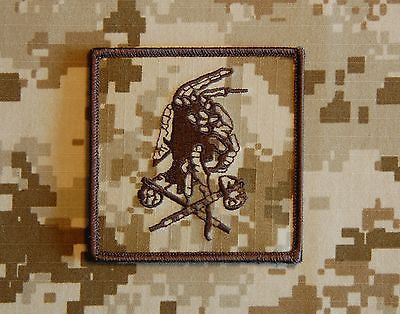 AOR1 NSWDG Red Squadron 'Shooter' Embroidered Morale Patch