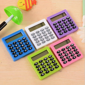 1 PCS 2016 New Student Mini Electronic Calculator Candy Color Calculating Office Supplies Gift coin battery