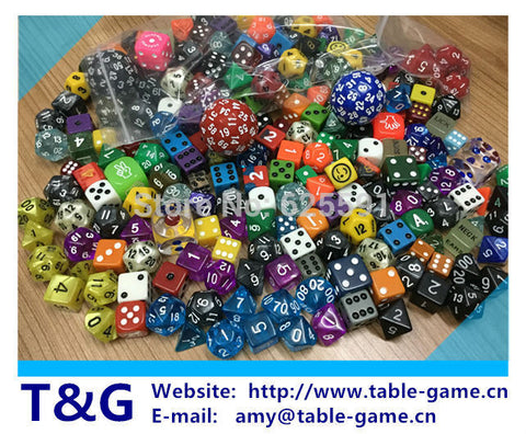 100 pcs set high quality colourful casino Dice Set mixing random colours random styles and random sizes