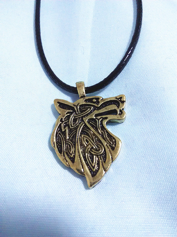 1pcs Wolf Head Necklace Norse Vikings Pendant Vintage Bronze Wolf Head Celttic Spiritual Amulet Pendant Talisman Necklace