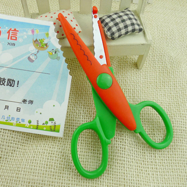 1pcs lace DIY Scissors Scrapbook Paper Photo Tools Diary Decoration Safety Scissors 5 Styles Selection
