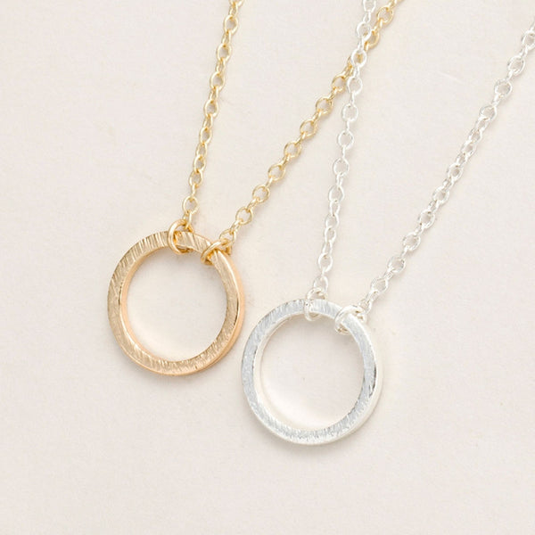 2016 New Brushed Forever Circle Pendant Necklaces for Women Alloy Fashion Long Chain Geometric Classic Round Necklace Party Gift