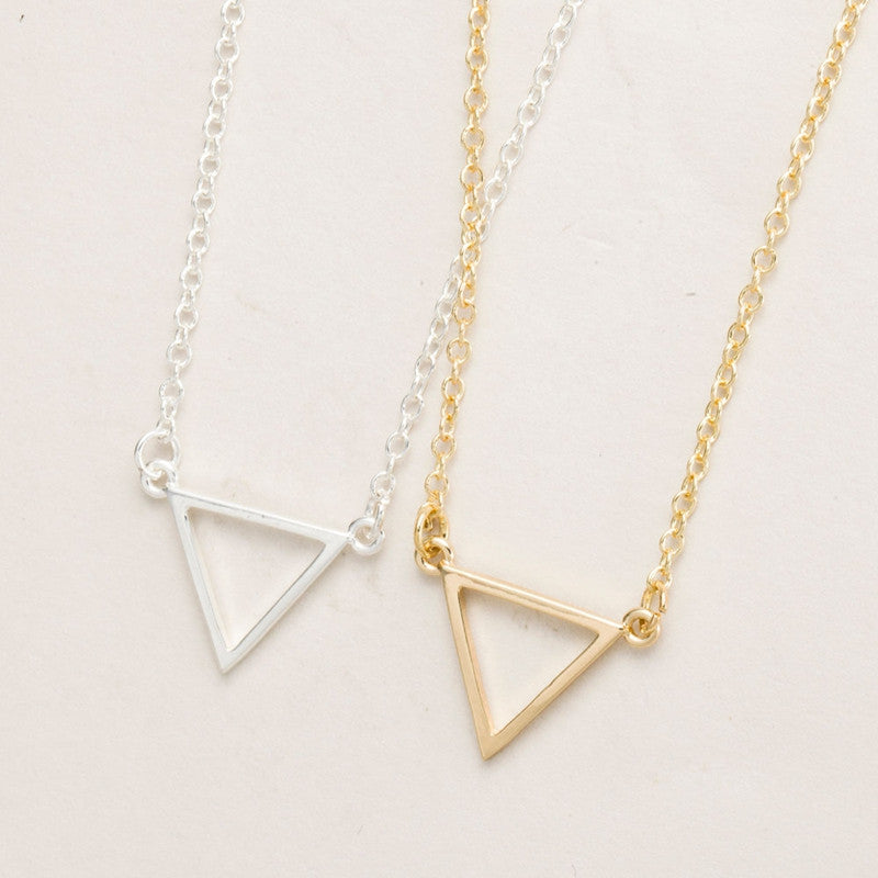 2016 New Simple Triangle Necklace Tiny Geometric Shape Necklaces for Women Long Chain Necklace Party Birthday Jewelry -N068