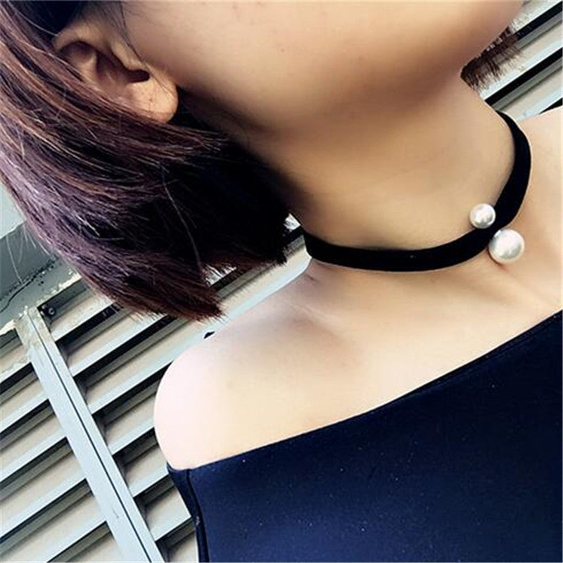2016 Sexy Simple Double Simulated Pearl Velvet Choker Necklaces Women Black Punk Korean Short Luxury Necklace C359
