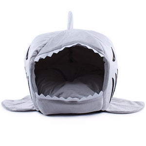 Hot Sale High Quality Shark Shape Dog Beds Nylon Dog Covers Dog Kennel Pet Nest With Gray Blue Pink Colors Free Shipping