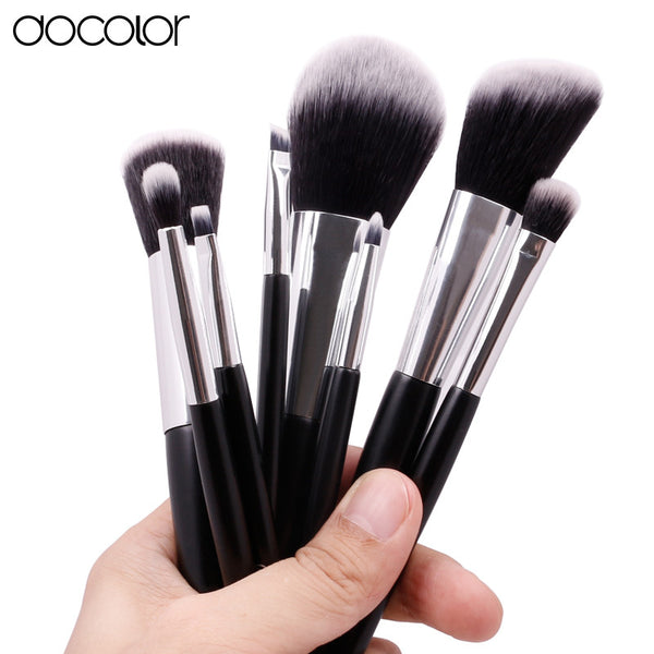 Docolor 8pcs Cosmetics brush Set Travel Makeup Brushes High Quality Synthetic Hair wood Handle With Black Cylinder