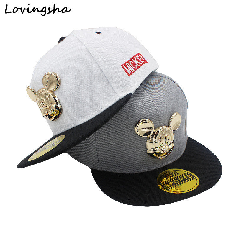 941d5a2e15f Fashion Boy Baseball Caps 3-8 Years Old Kid Character Metal Logo Design  Snapback Caps ...