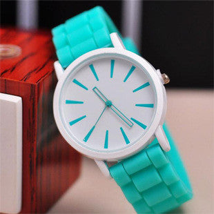 Guote Rubber Quartz Alloy Quartz Wristwatches Women Relojes