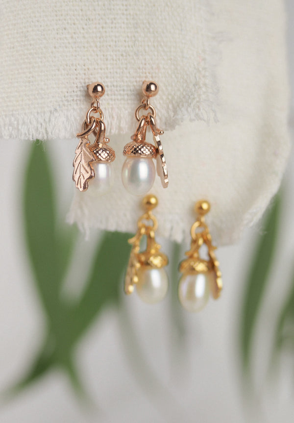 gold pearl acorn earrings with oak leaf