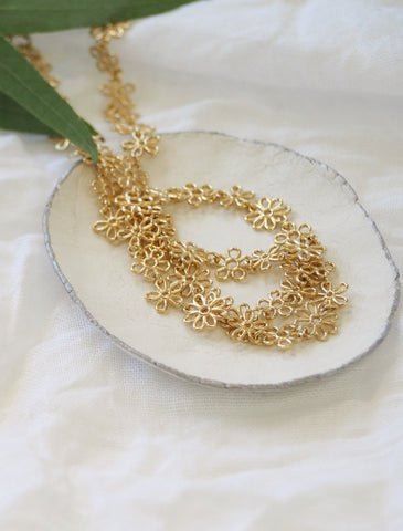Flower Doodle necklace in yellow gold vermeil