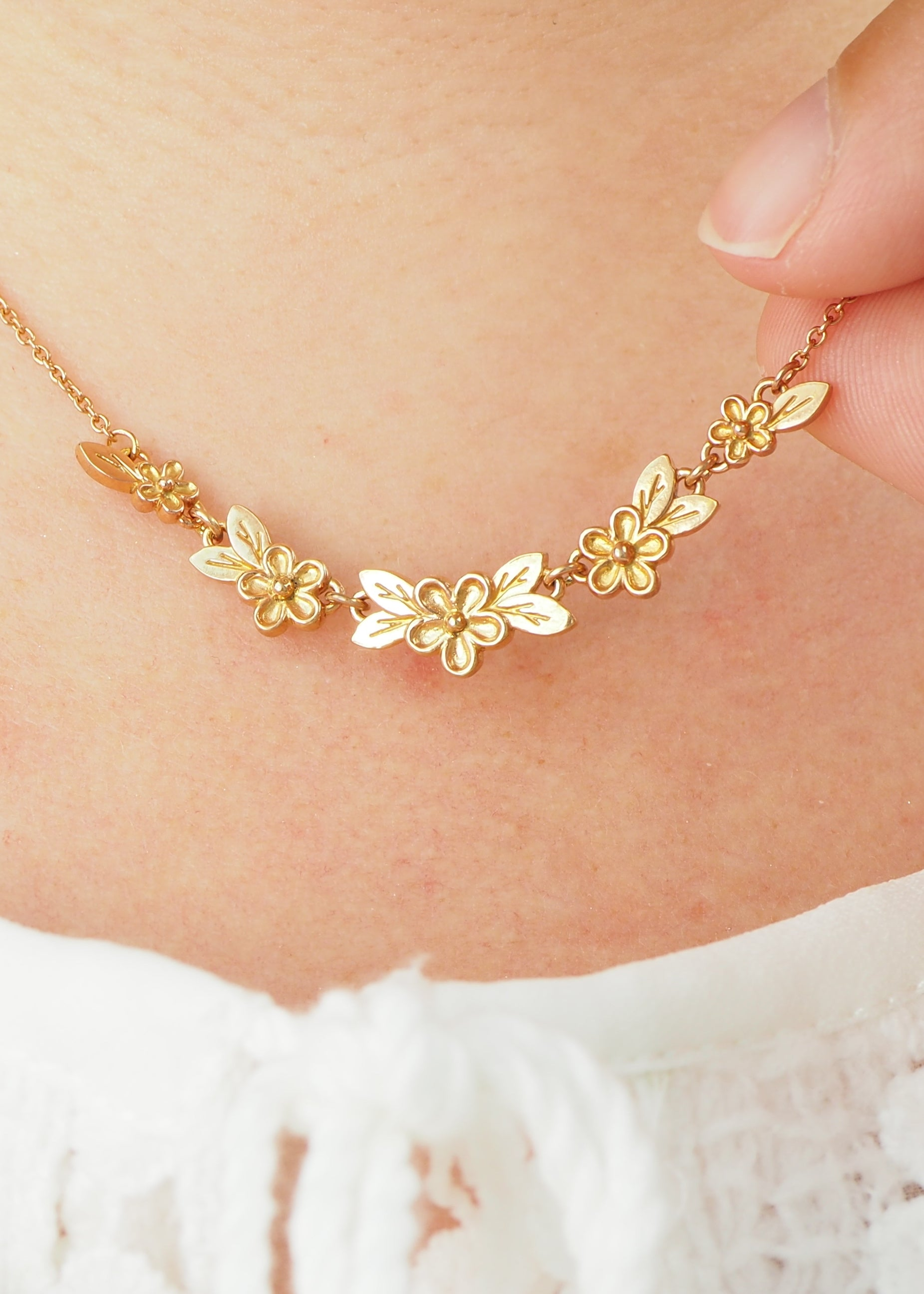 Rose Gold Articulated Flower Necklace