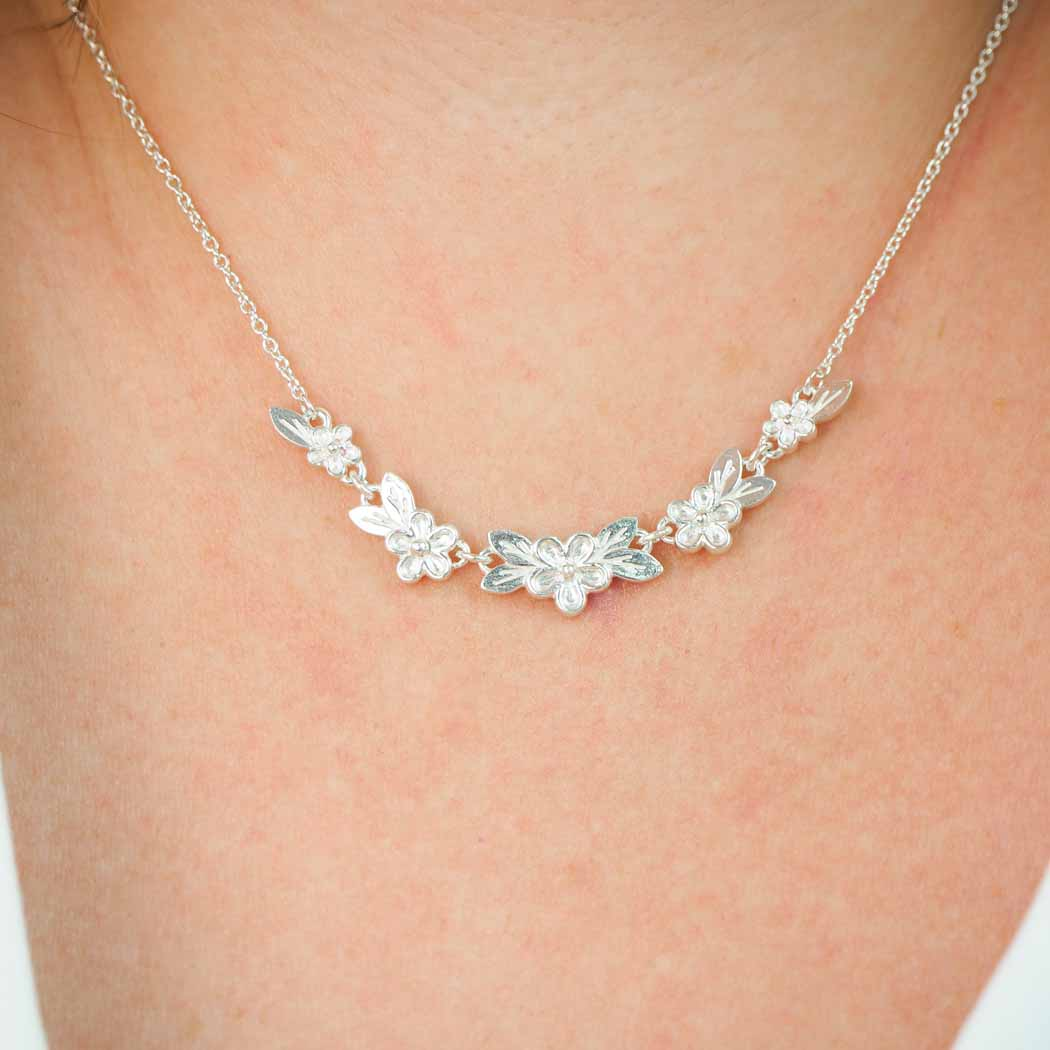 Silver Flower and Leaf Articulated posy necklace