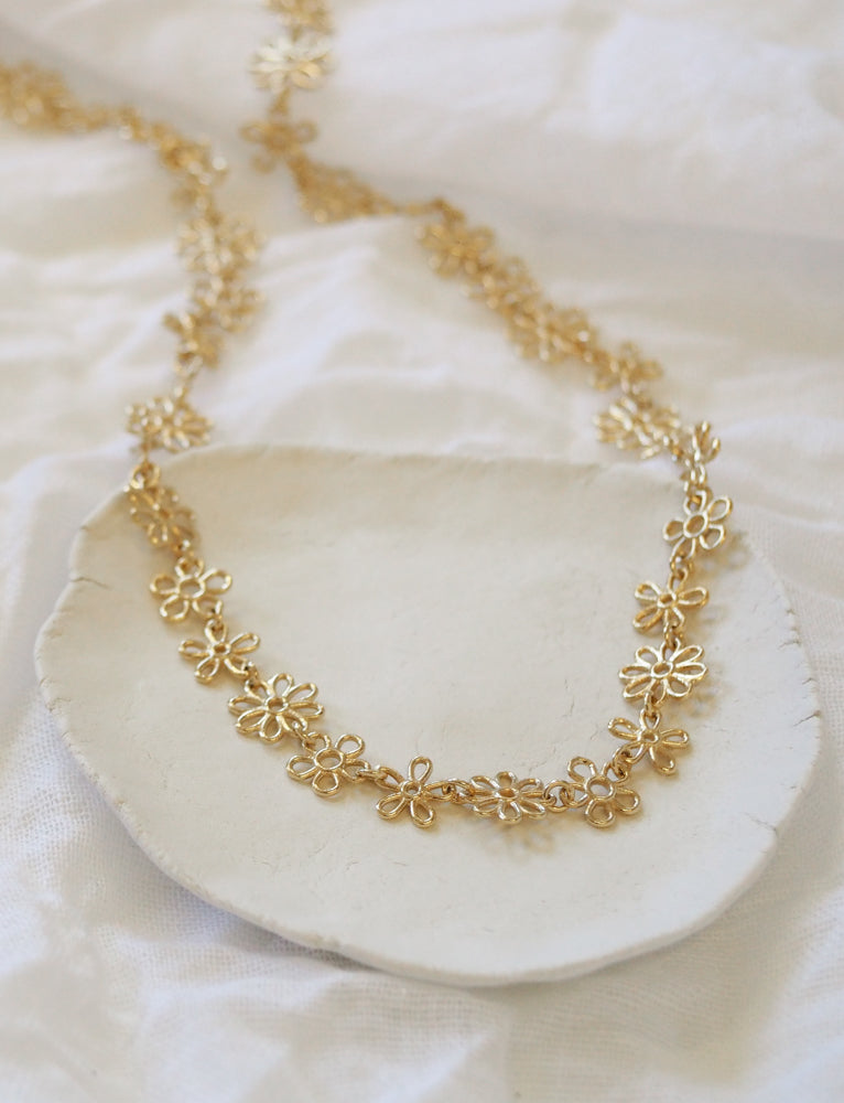 gold flower doodle full necklace